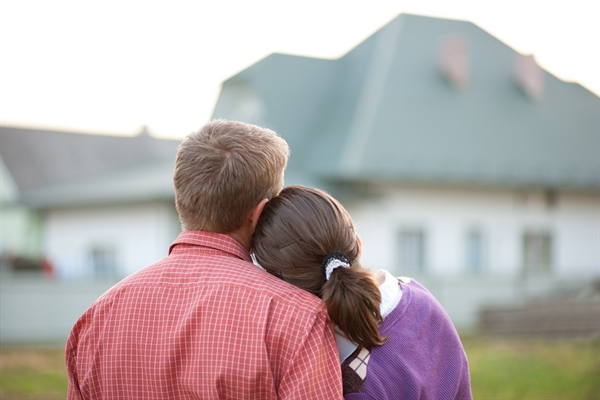 Which is Right for You? New Construction or Resale?